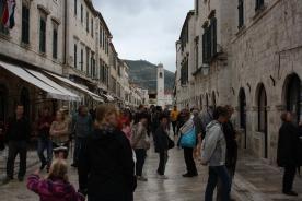 Dubrovnik's smalle hvoedgade i den gamle bydel