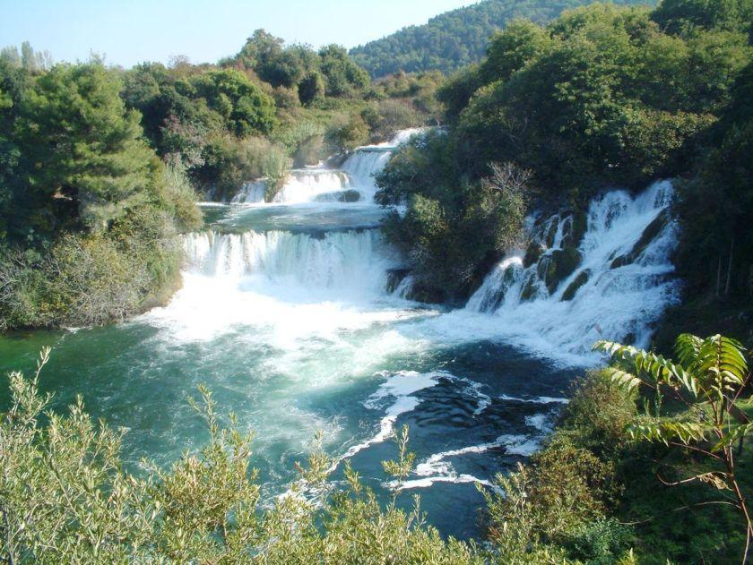 Vandfaldet Krka - Dalmatiens største vandfald. Løber i den smukke nationalpark ikke lang fra Split