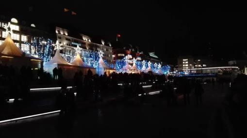 Lyset fra julemarkedet