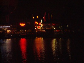 Lys over Disney Village