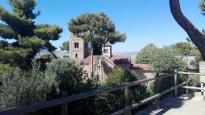 Klostret er et replika sammensat af forskellige klostre fra forskellige egne af Spanien